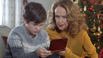 Video New Nintendo 3DS, Vacaciones con 3DS: A Family of Helpers