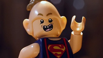 Video LEGO Dimensions, Excalibur Batman presenta a Los Goonies