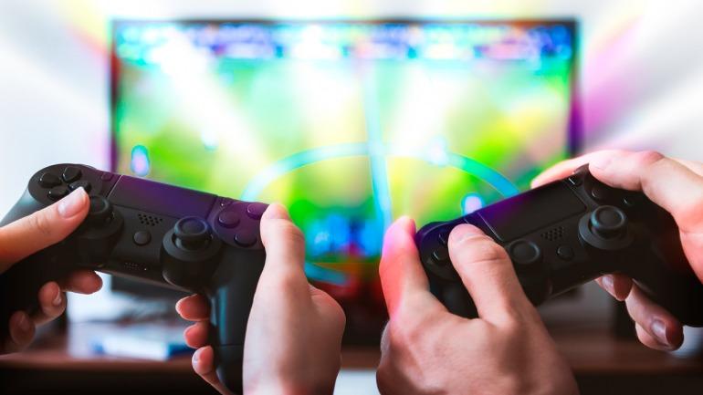 """¿Qué es el """"modo juego"""" en las TV y pantallas y cómo de útil te puede resultar si eres gamer?"""