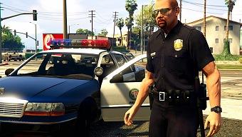 Un hombre roba un coche pensando que estaba en GTA