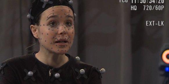 La actriz Ellen Page interpretando su papel en Beyond: Two Souls.